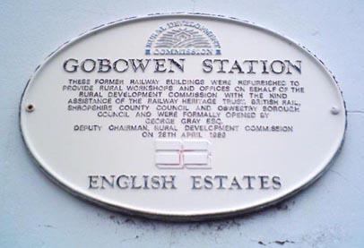 Gobowen Railway Station.jpg